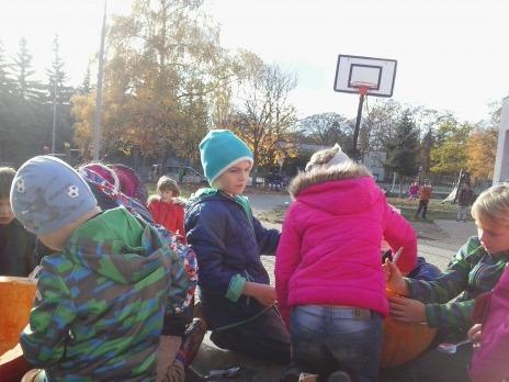 Podzimní vydlabávání dýní