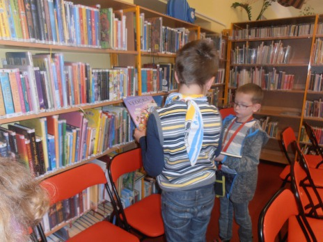 2. B v knihovně