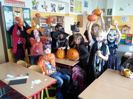 Děti ze 2. D se rády převlékají do kostýmů