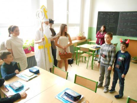 Čertí a Mikulášská škola