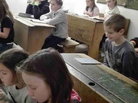 """4. A ve """"Škole před 100 lety"""" a na """"Nádraží"""""""