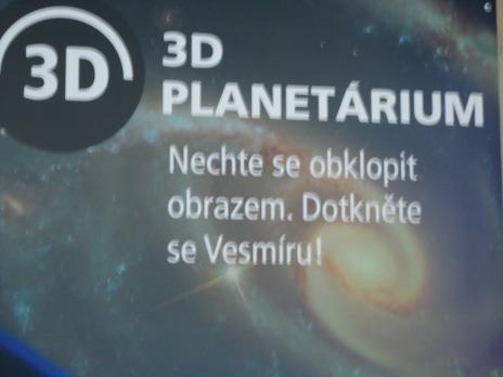 Den v planetáriu