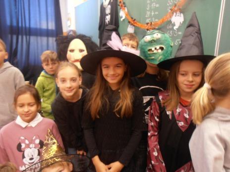Halloween ve 4. B