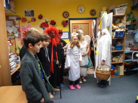 Mikuláš a čerti pro děti ze ZŠ speciální (pobočka Rabštejnská)