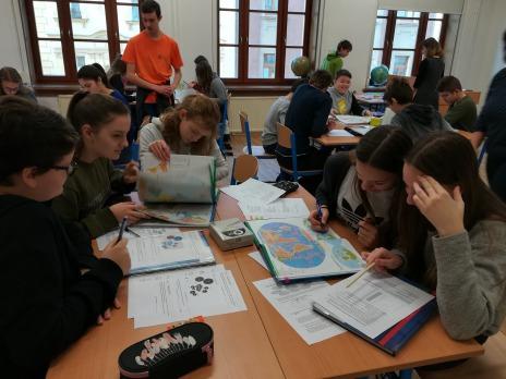 8. B na Církevním gymnáziu v Plzni