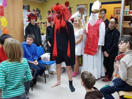 Čerti, andělé a Mikuláš v ZŠ speciální Plzeň