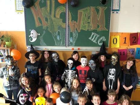 Halloween ve 3. C + Dušičky