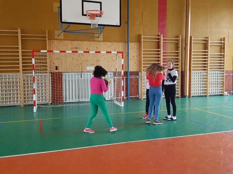 Děti ze ZŠ speciální, pobočka Radštejnská, opět u nás v tělocvičně