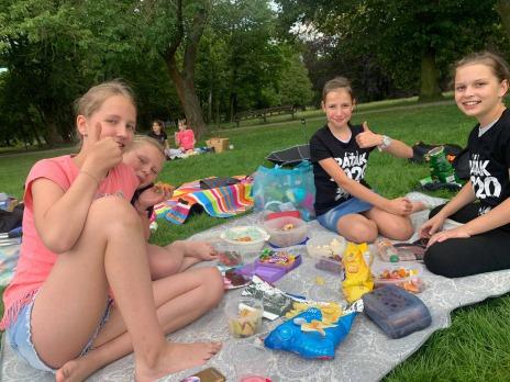 Piknik 5. C v Borském parku