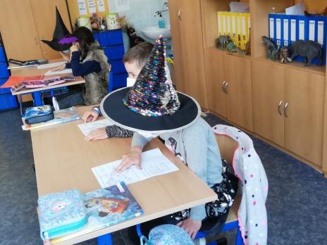 Den s čarodějnicemi