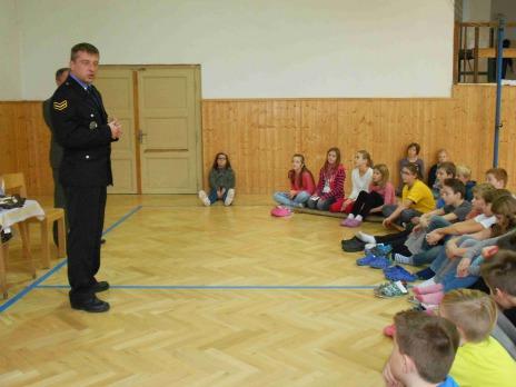 Aktuální beseda v Liticích - Jak se chovat při setkání s divokým prasetem