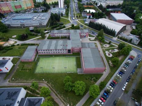 Borská škola z ptačí perspektivy